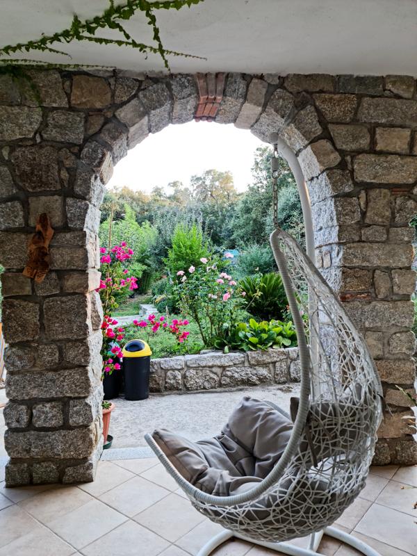 Posti strani dove dormire in Sardegna | Baba Viaggia
